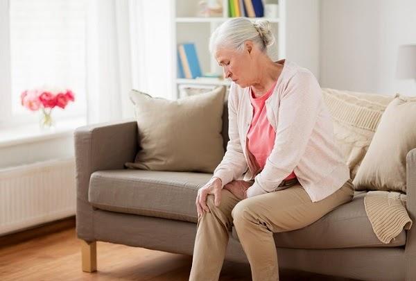 Đau nhức xương khớp căn bệnh hay gặp ở người già