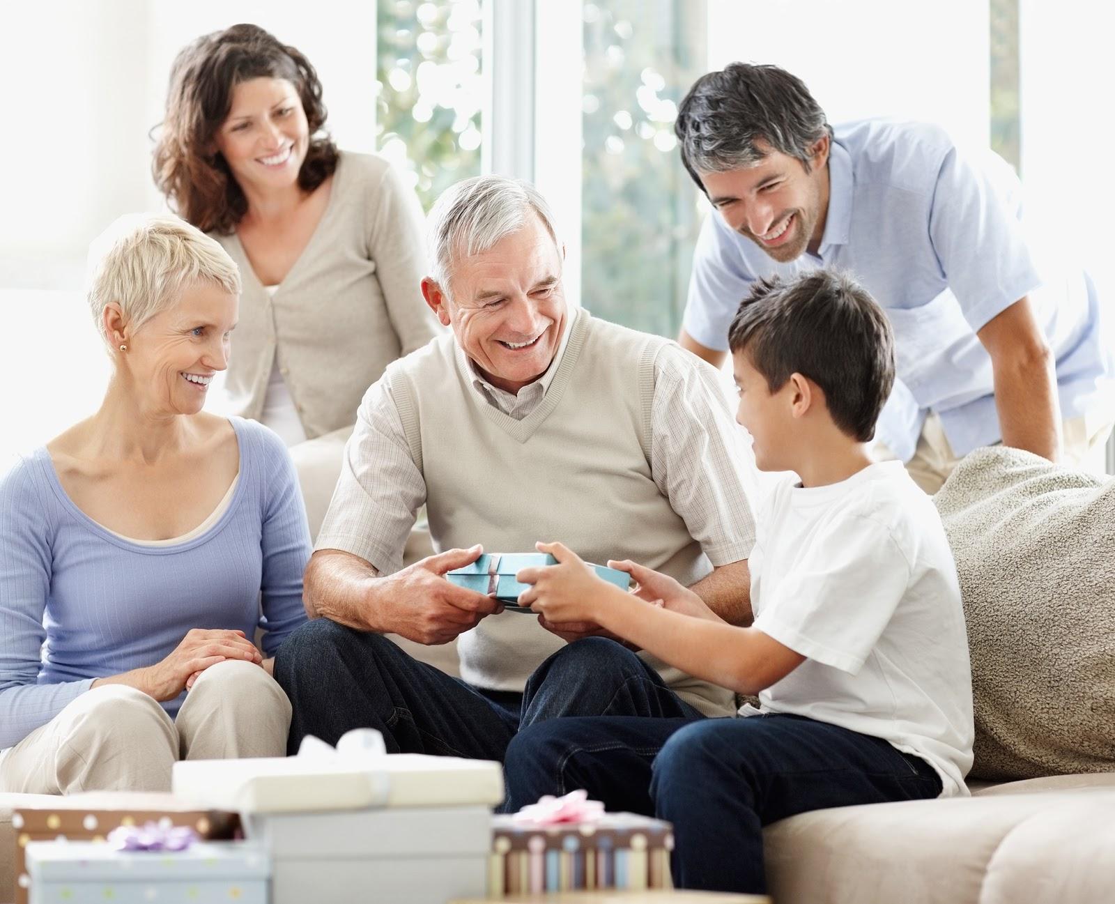 Hiếu thảo với bố mẹ cũng là một cách dạy con