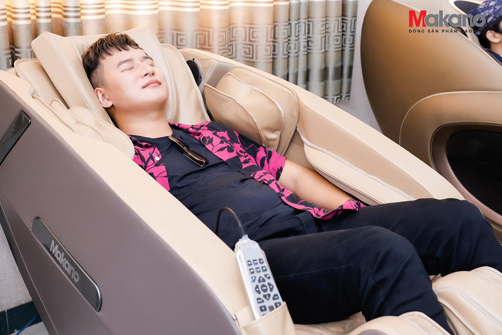 Ghế massage Daikiosan và Makano được các nghệ sĩ chương trình Ca sĩ Thần Tượng trải nghiệm và đánh giá cao