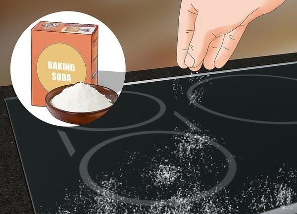 Một trong những công dụng của baking soda là làm sạch bề mặt bếp từ