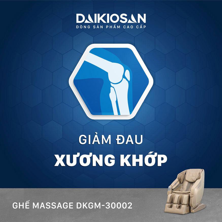 ghế massage trị thoát vị đĩa đệm nhờ hệ thống con lăn túi khí