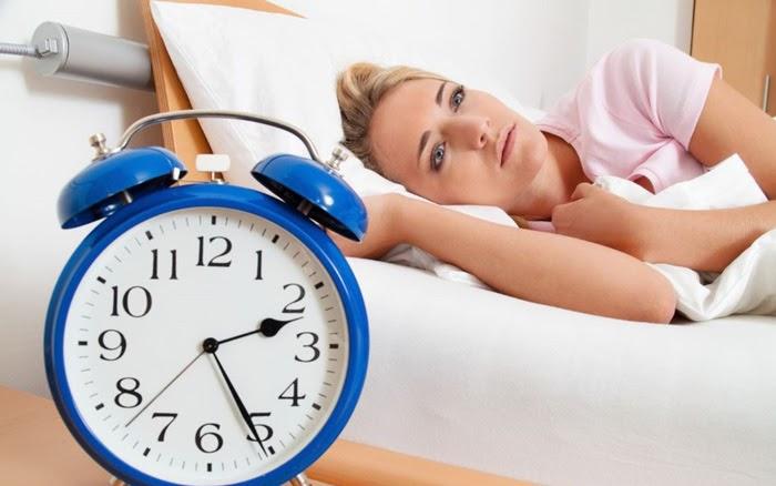 Trằn trọc, mất ngủ khiến tinh thần giảm sút