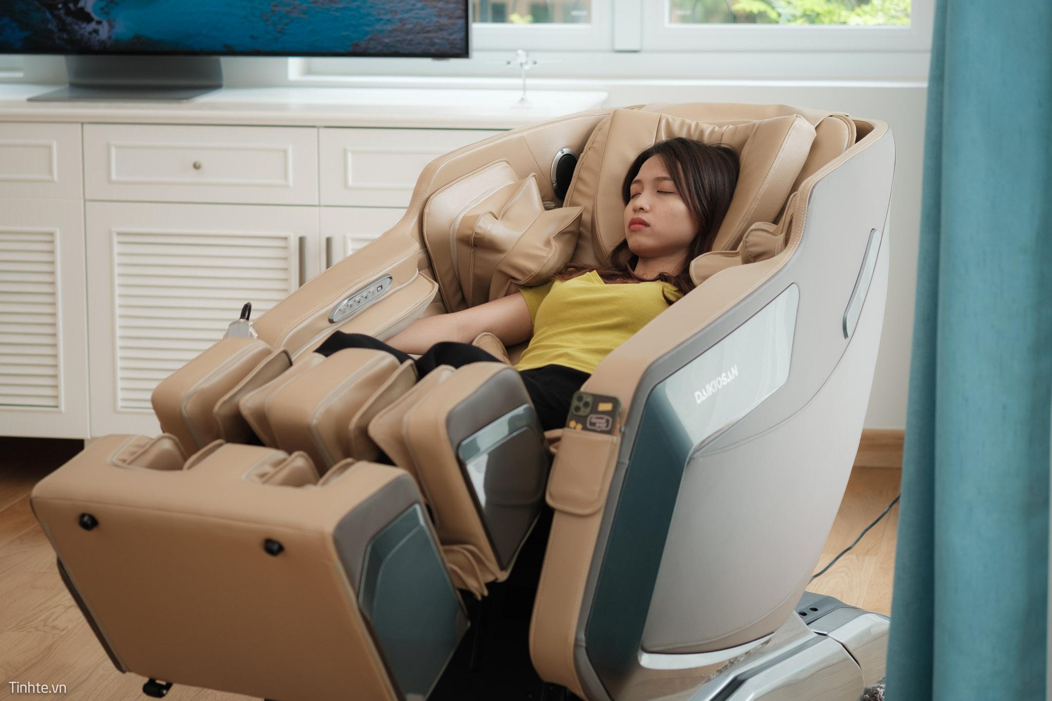 Ghế massage mang lại nhiều lợi ích cho sức khỏe người dùng.
