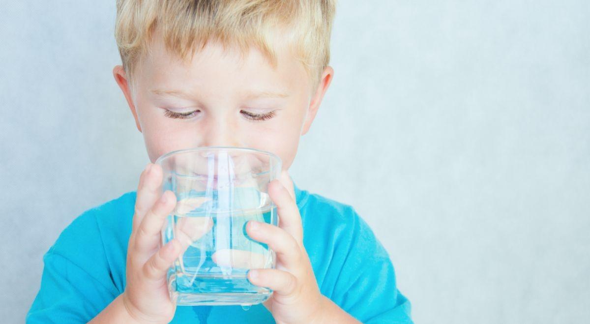 nước ion kiềm tốt cho trẻ