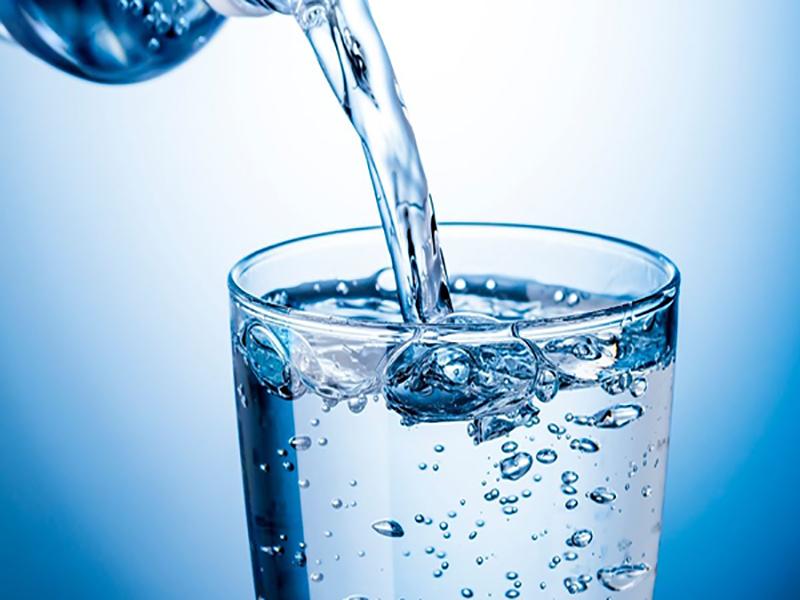Các chất khoáng trong nước thực hiện nhiều chức năng cho cơ thể