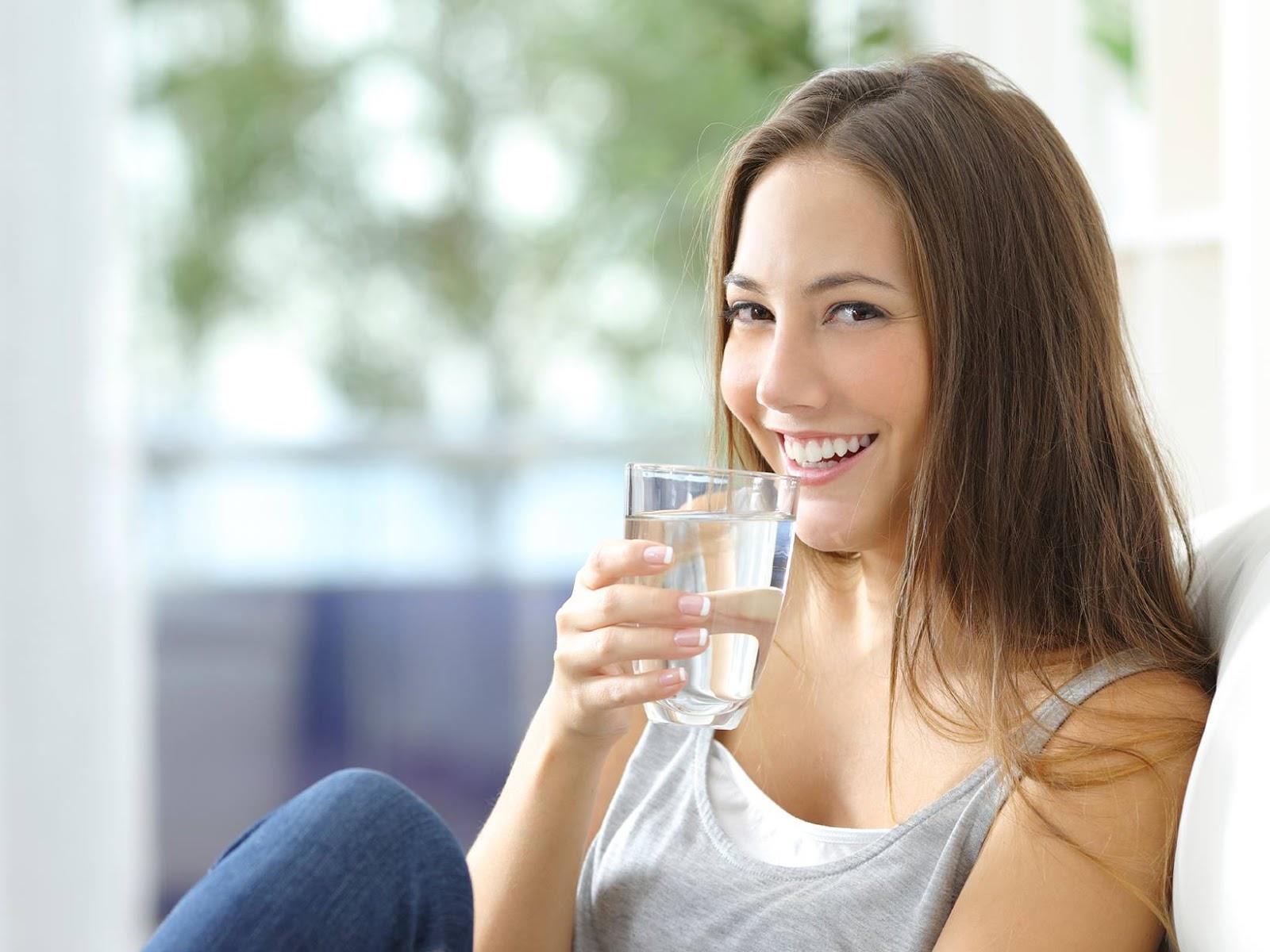 Nước sạch giúp nuôi dưỡng cơ thể và đào thải chất độc hại