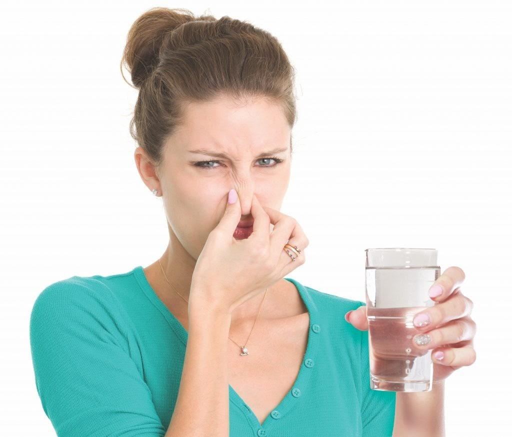 Cách kiểm tra nước sạch bằng cách mùi, mùi hôi tiềm ẩn nguy hiểm