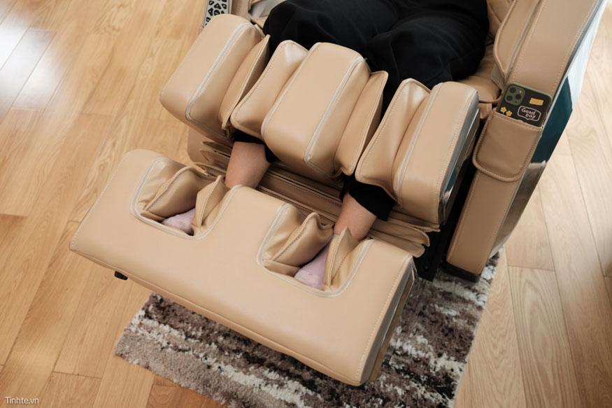 ngồi ghế massage