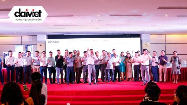 Đại Việt tổ chức họp mặt Quý NPP/Đại lý tại Quảng Ninh