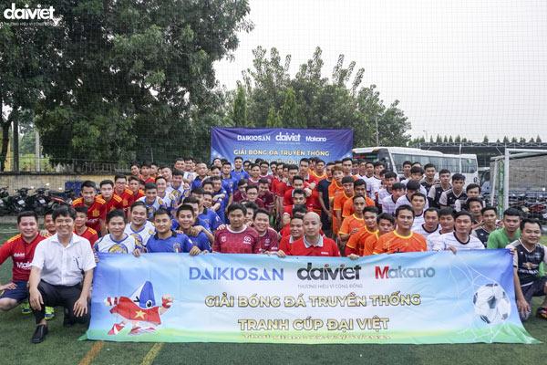 Tưng bừng giải bóng đá truyền thống tranh cúp Đại Việt năm 2021