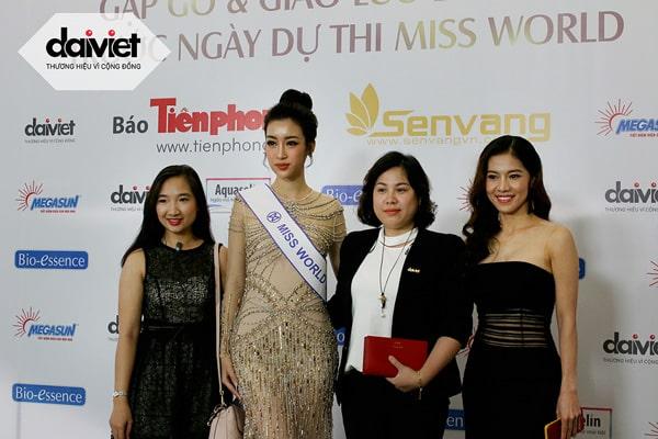 Đại Việt đồng hành cùng dự án nhân ái Thắp sáng mặt trời - Cõng điện lên bản của Miss World Việt Nam 2017 Đỗ Mỹ Linh