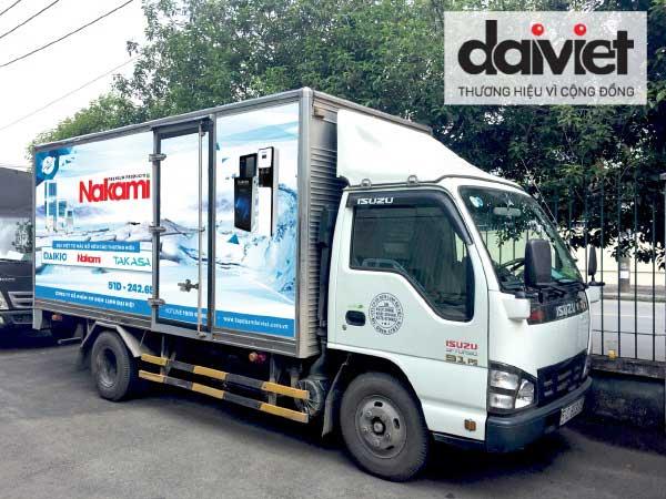Đại Việt thưởng xe tải cho 6 nhà phân phối xuất sắc
