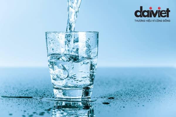 Thói quen sai lầm khi uống nước
