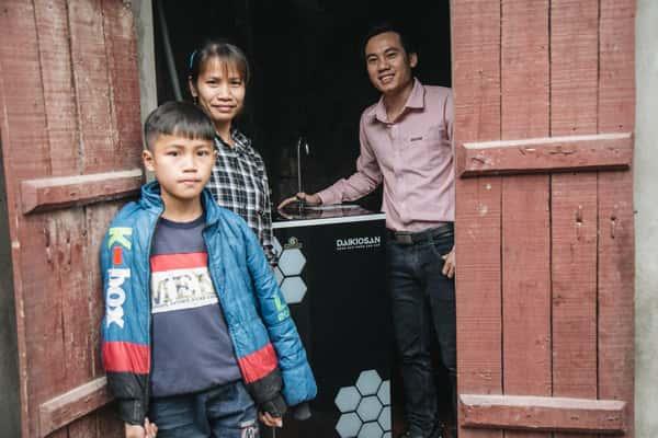 Trao Tết cho làng ung thư Lũng Vị, Chương Mỹ, Hà Nội