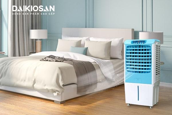 Sử dụng máy làm mát là cách hạ nhiệt tốt cho sức khỏe