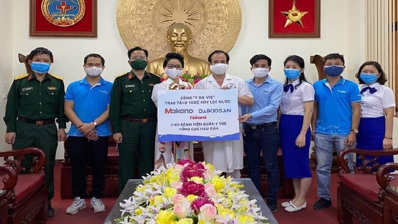 Makano tặng 10 máy lọc nước RO cho bệnh viện Quân y 105 hỗ trợ chống dịch