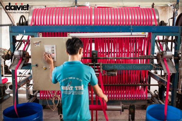Trúng thầu lắp đặt hệ thống máy làm mát công ty nhuộm sợi Nhất Trí