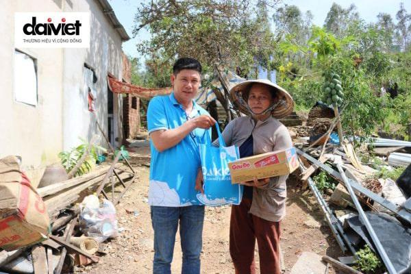 Công ty CP Cơ điện lạnh Đại Việt - Hành trình cứu trợ bà con sau bão lũ Khánh Hòa, Phú Yên