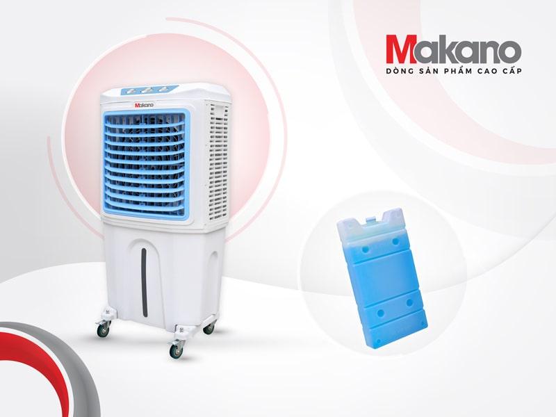 Makano MKA-06000A được tặng kèm đá khô phù hợp sử dụng vào những ngày nóng bức