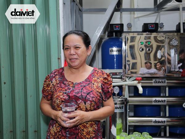 Chị Nga chia sẻ về nguồn nước từ hệ thống lọc Daikiosan của Đại Việt